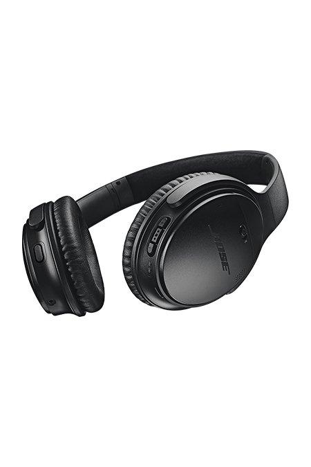 Bose Quiet Noise-Cancelling Headphones Black - Gift Guide Modern Traveller