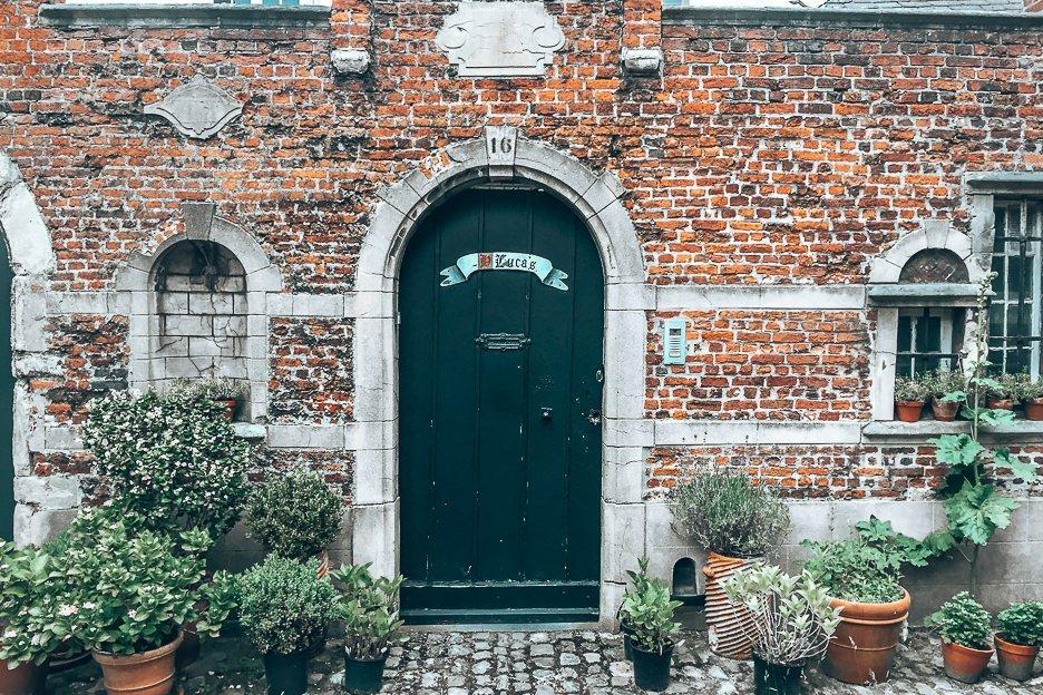 Begijnhof facades in Antwerp, Belgium