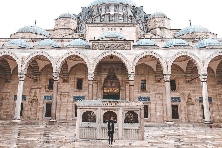 Morning at The Blue Mosque - Istanbul City Guide, Turkey