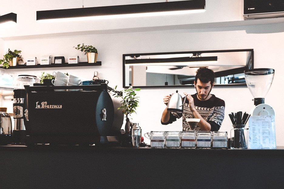 Montag Coffee Roasters, specialty coffee cafe in Istanbul