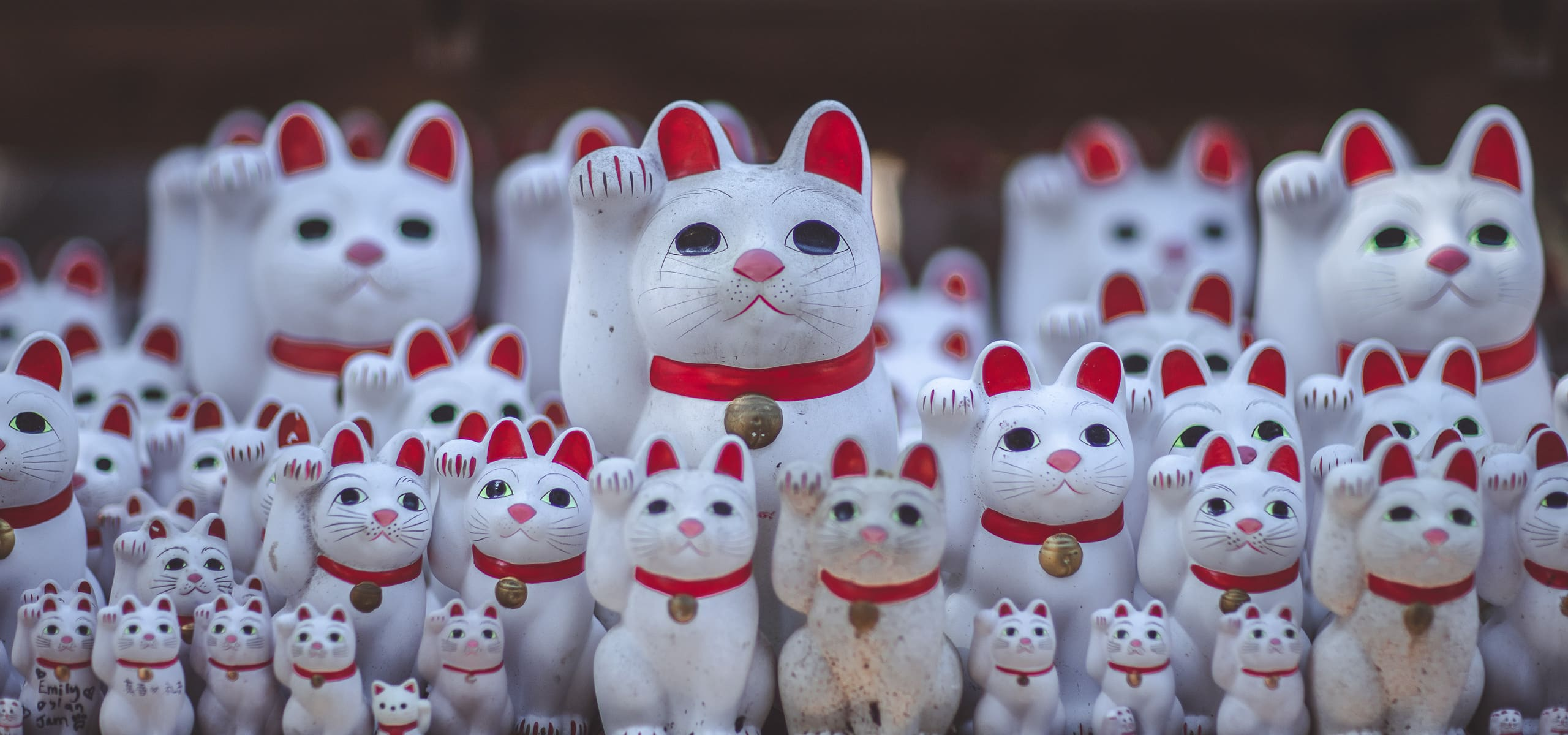 Things To Know Before Going To Japan   Beckoning cats at Gotokuji Temple, Tokyo